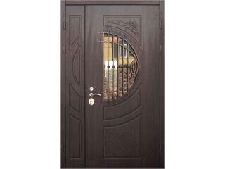 Картинка Дверь входная Троя полуторная с ковкой и стеклопакетом